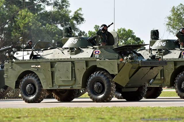Неожиданно оказалось, что воинский дебилизм заразен.... Армия Шойгака движется по белорусскому следу