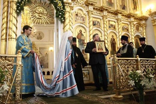 Икона Курская Коренная Божией Матери «Знамение» покинула Курск