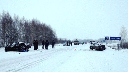 Три человека погибли вМордовии встолкновении ВАЗ-2114 и«Лады Приоры»