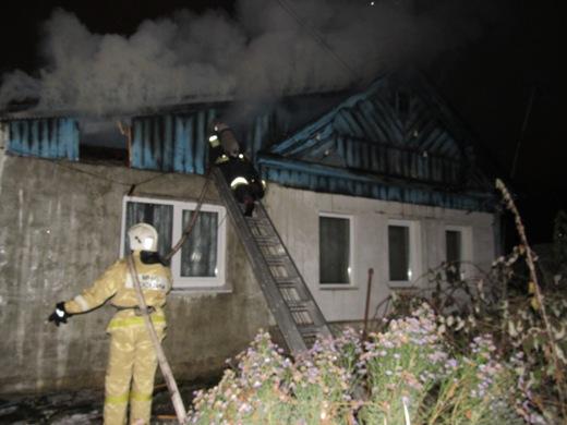 ВСаранске пожарные спасли пенсионерку изгорящего дома