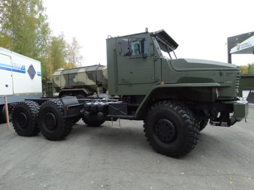The Russian Military Automotive Fleet - Page 2 Vf1tu_osnls