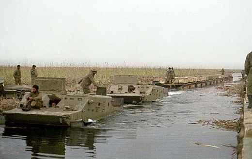 http://www.vestnik-rm.ru/userfiles/war_btr_03_.jpg